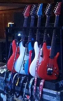 """220px JS Guitars 2013 - 15 iulie 1956 s-a născut Joseph """"Satch"""" Satriani ,în Westbury,New York,SUA..."""