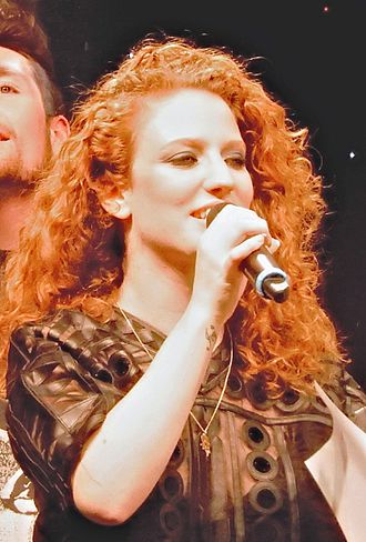 Jess Glynne discography - Glynne performing at Shepherd's Bush Empire