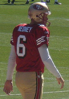 Joe Nedney on field pregame at Eagles at 49ers 10-12-08.JPG