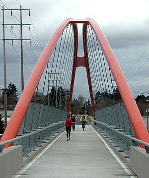 40-Mile Loop - The Springwater Trail, part of the 40-Mile Loop, crosses over McLoughlin Boulevard (Oregon Route 99E) near Sellwood.