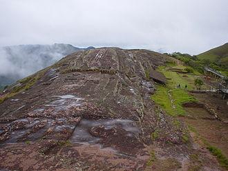 El Fuerte de Samaipata - View of the sculptured rock at El Fuerte