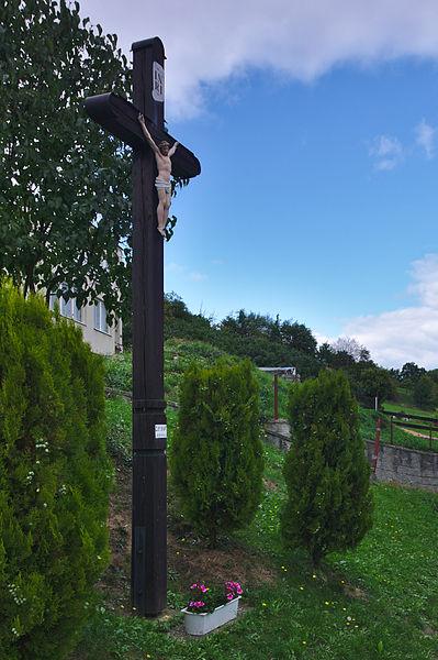 File:Kříž v jižní části obce, Osiky, okres Brno-venkov.jpg