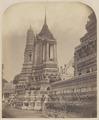 KITLV 4957 - Isidore van Kinsbergen - Pagoda in the temple (Wat Arun) of Crown Prince Krom Loeang Siam Bangkok - 1862-02.tif