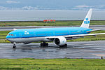 KLM Royal Dutch Airlines, B777-300, PH-BVK (20434222134).jpg