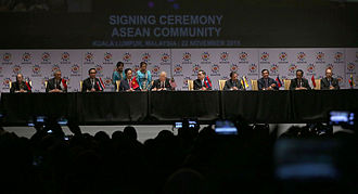 Association of Southeast Asian Nations - ASEAN leaders sign the declaration of the ASEAN Economic Community during the 27th ASEAN Summit in Kuala Lumpur, 2015