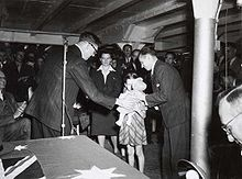 What affected Australian population between WWII and the 1960s?
