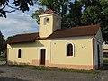Kaplička se zvoničkou na návsi v Hlavenci (Q66565070) 02.jpg