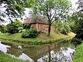 Kluetz Schloss Bothmer Seitengebaeude2 2011-06-08.jpg