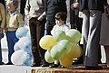 Koninginnedag 1979, defile Soestdijk Koninklijke Familie op bordes. Zoon van Pr, Bestanddeelnr 253-8097.jpg