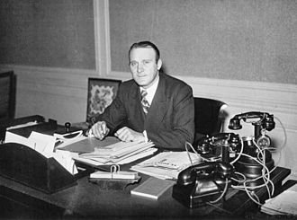 Léo Lagrange - Lagrange as Under-Secretary of State for Youth and Leisure (1936)