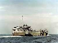 LST-942 underway in late 1944.jpg