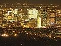 La Défense desde la Torre Eiffel noche.JPG