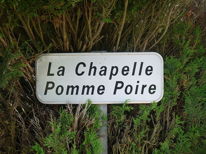 Le panneau à l'entrée du site.