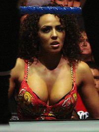 Layla El: 2006 Diva Search Winner.
