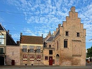 Le Gevangenpoort à La Haye.jpg