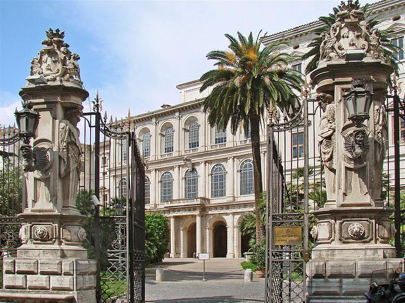 File:Le Palais Barberini (Rome) (5969782827).jpg