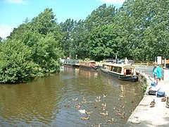 Leeds Liverpool Canal at Salterforth - geograph.org.uk - 28367.jpg