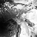 Lemon Creek, terminus of mountain glaciers, hanging glaciers, and firn line, August 24, 1963 (GLACIERS 6371).jpg