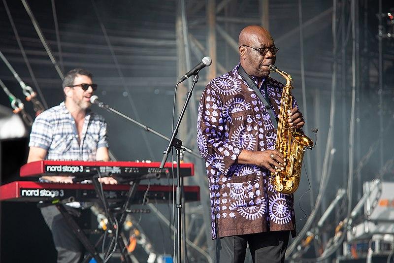 Concert de Manu Dibango au festival Les Escales, Saint-Nazaire, juillet 2019. | Photo : Wikimedia Commons.