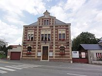 Lesdins (Aisne) mairie.JPG