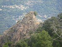 Letia et le fort de la Zurlina qui domine la vallée du Liamone.jpg