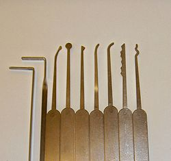 Lock Pick Tools >> Lock Picking Wikipedia