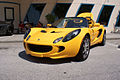 Lotus Elise 2005 LFront CECF 9April2011 (14414290659) (2).jpg