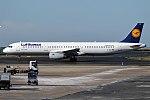 Lufthansa, D-AIDT, Airbus A321-231 (40600179332).jpg