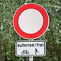 Luxembourg road sign C,2 with mod. 5a(4).jpg