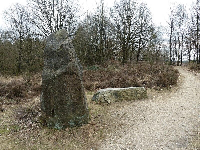 Stenen op de Mechelse Heide, Maasmechelen, Limburg, België