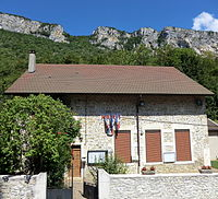 Mairie de La Burbanche.JPG