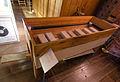 Malchow Orgelmuseum Klosterkirche Magazinbalg (Schwimmerbalg) betätigt.jpg