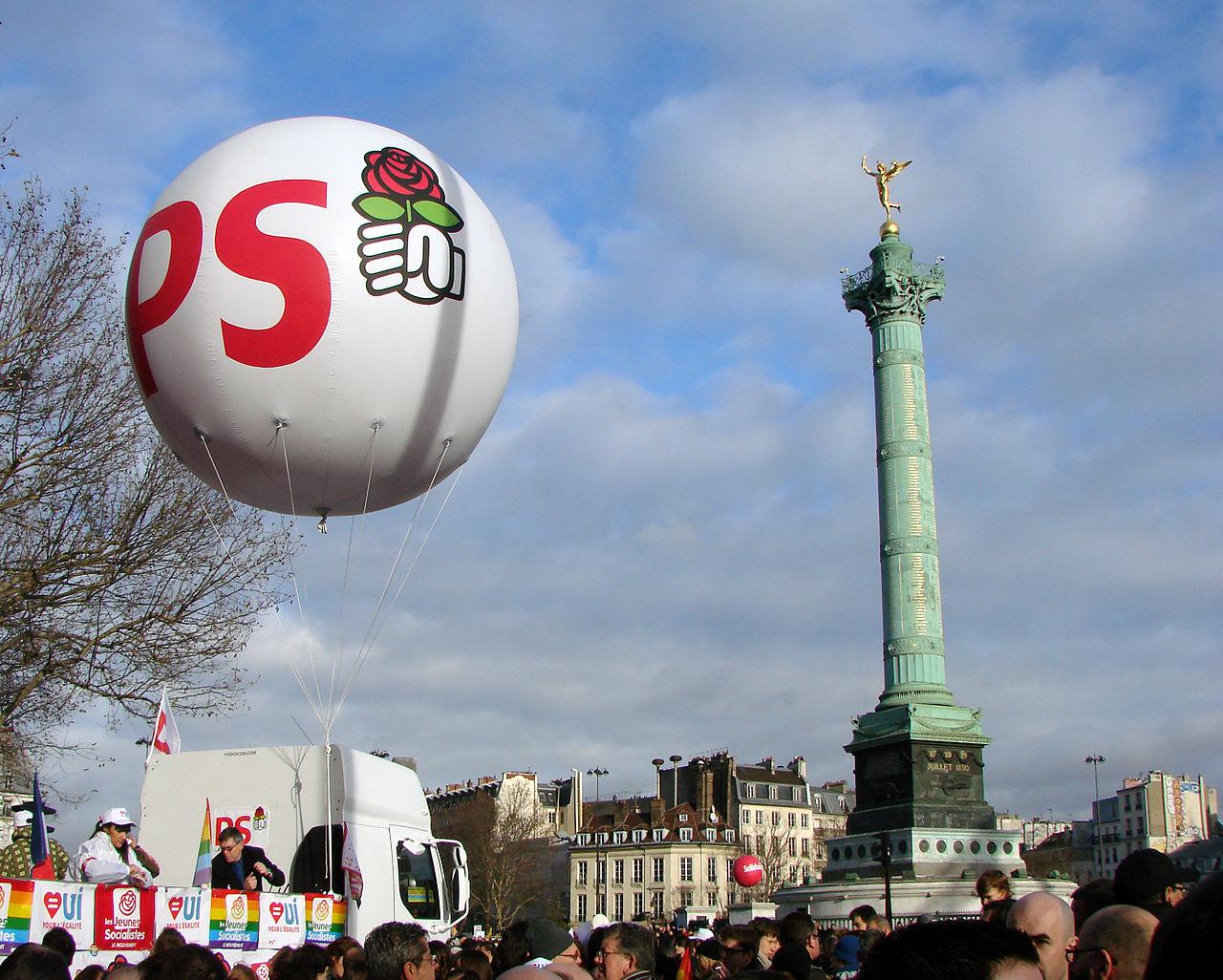 Manifestation pour le mariage pour tous Paris 16 12 2012 01.jpg