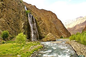 Kharmang - Image: Manthokha aabshaar (water fall) skardu photo by me