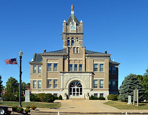 Marion County courthouse in Palmyra