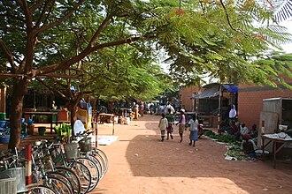Fada N'gourma - Image: Markt Fada N Gourma MS 10181