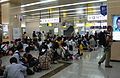 Massive group at Kyoto train station (745357305).jpg