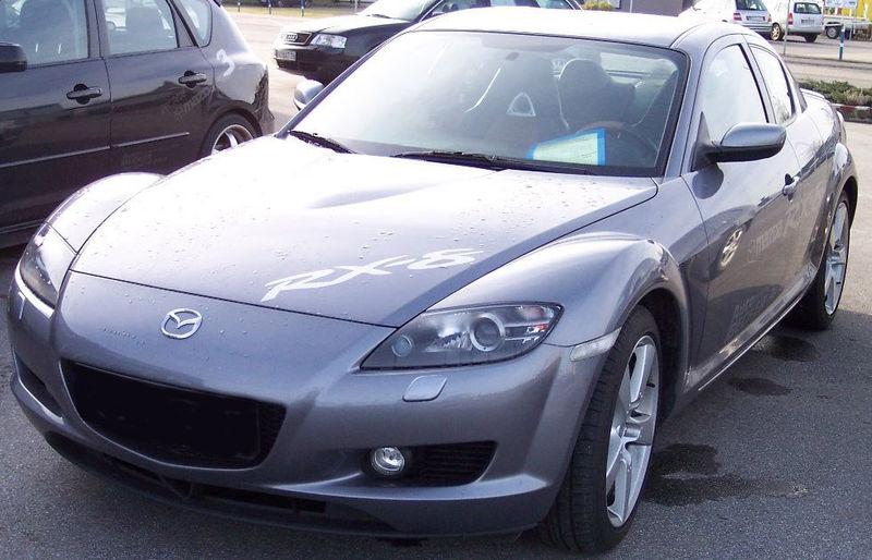 800px-Mazda_RX_8_titan_front_left