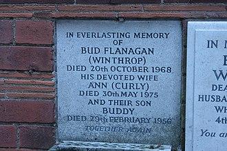 Bud Flanagan - Memorial to Bud Flanagan, Golders Green Crematorium