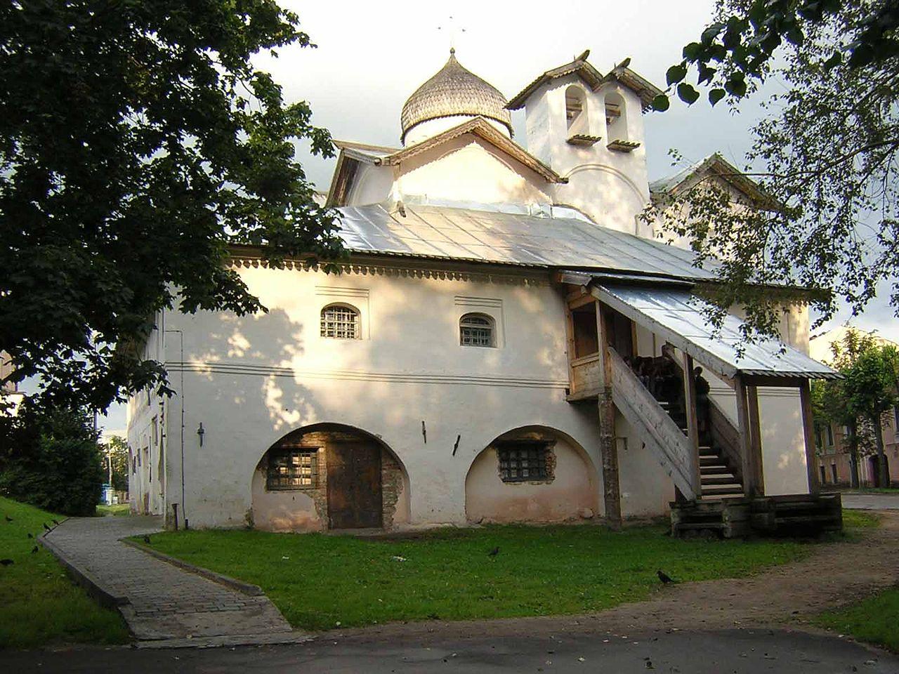 Mironositsy churche.jpg