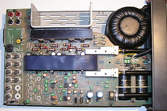 Audio power amplifier - The inside of a Mission Cyrus 1 Hi Fi integrated audio amplifier (1984)