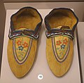 Moccasins, Montagnais, collected in 1892 - Native American collection - Peabody Museum, Harvard University - DSC05835.jpg