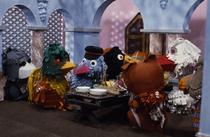 Momfer de Mol, Isadora Paradijsvogel, Gerrit de Postduif, Meneer de Raaf, Lowieke de Vos, Juffrouw Ooievaar & Ed Bever.png