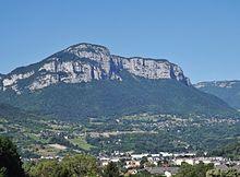 Le mont Peney vu depuis le parc de Buisson Rond à Chambéry