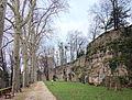 Montbard promenade remparts.JPG