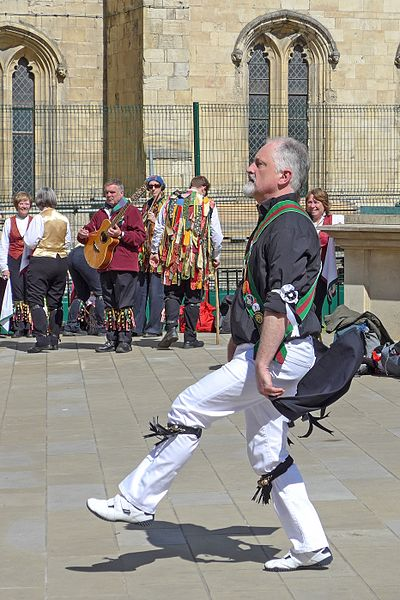 File:Morris dancer, York (26425183210).jpg