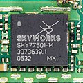 Motorola RAZR V3 - controller - Skyworks SKY77501-14-92140.jpg