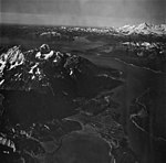 Mount Case and Adams Inlet, U-shaped valley and outwash, September 12, 1973 (GLACIERS 5672).jpg