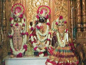 Shri Swaminarayan Mandir, Mumbai - Image: Mumbai Swaminarayan Temple
