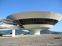 Museu de Arte Contemporânea.jpg